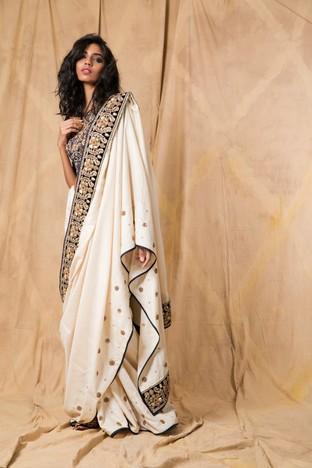 Anjali Jani, Ivory saree with a midnight blue blouse