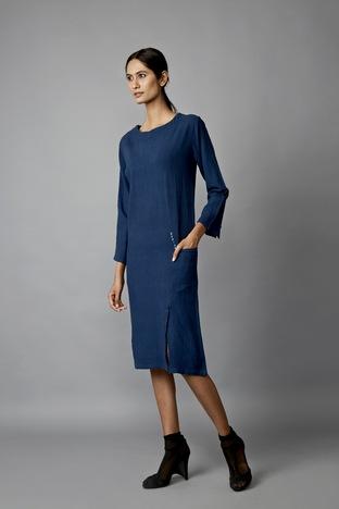 Jayati Goenka, Slit Dress
