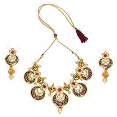 Classic Necklace Designs Set